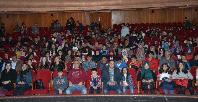 Seyhan Ve Yüreğir Gençlik Merkezi'nden Tiyatro Etkinliği