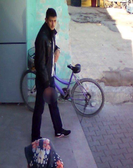 Bisiklet Hırsızını Ayakkabısı Ele Verdi