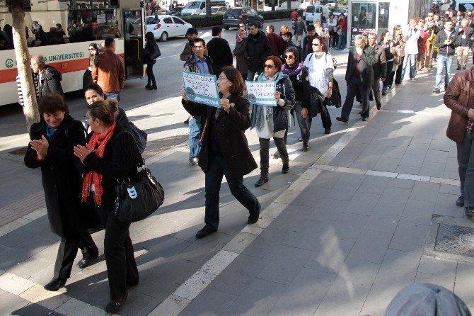 'Barışa Yürüyorum İnisiyatifi' Adana'da