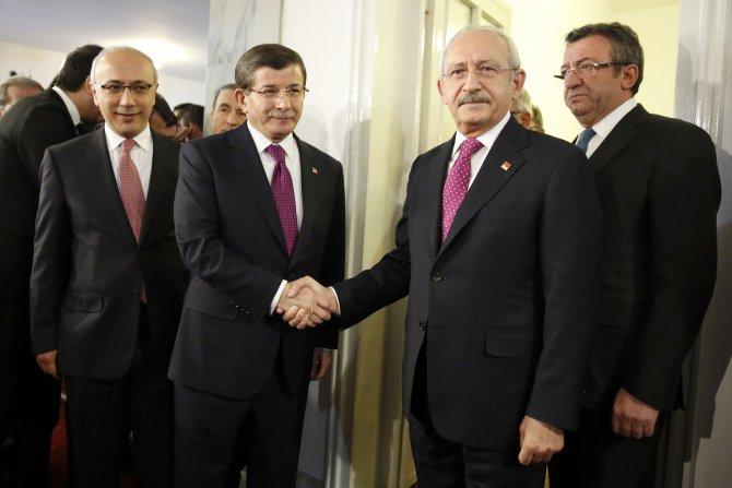 Başbakan Davutoğlu'nun liderler turunda ilk durağı Kılıçdaroğlu oldu