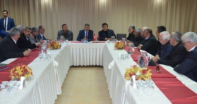 Başkan Selahattin Gürkan, Muhtarlarla Bir Araya Geldi