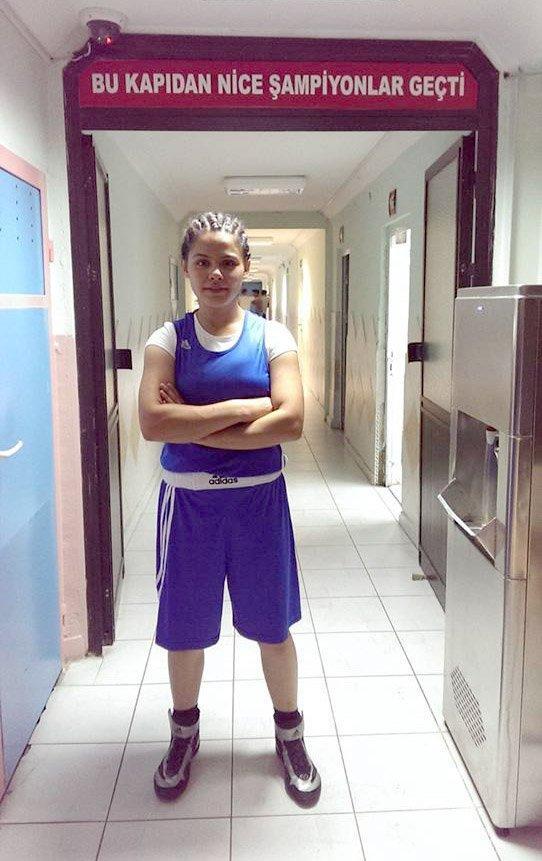 Bayan boksörler, İzmir'de düzenlenecek şampiyonada Yozgat'ı temsil edecek