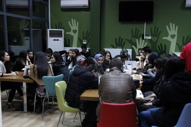 Engelsiz dershane öğrencileri, gönüllü öğretmenleriyle buluştu