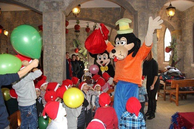 Es Çocuk Evi, Yeni Yıl Kutlamasını Masal Şatosunda Yaptı
