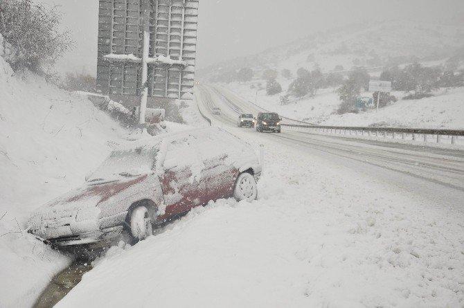 Karda 45 Saat Kapalı Kalan Yol İçin Rekor Ceza...