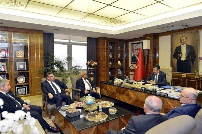 Gaib Heyeti, Gümrük Ve Ticaret Bakanı Tüfenkçi'yi Ziyaret Etti