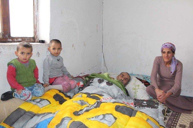 Zor Durumdaki Aile Yardım Bekliyor