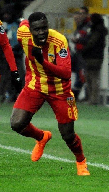 Kayserispor Ligin İlk Yarısında 29 Oyuncu İle Sahaya Çıktı