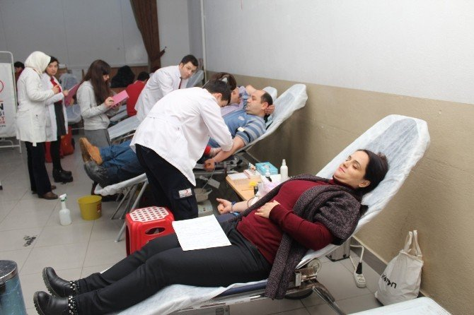 Kan Bağışında Kendi Rekorlarını Kırmak İstiyorlar