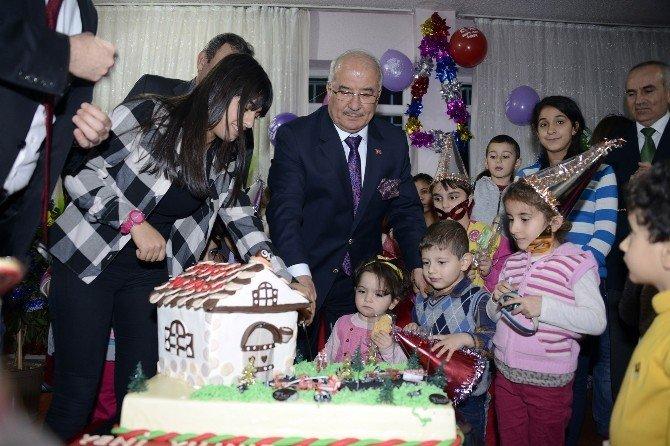 Başkan Kocamaz Çocuk Yuvasını Ziyaret Etti