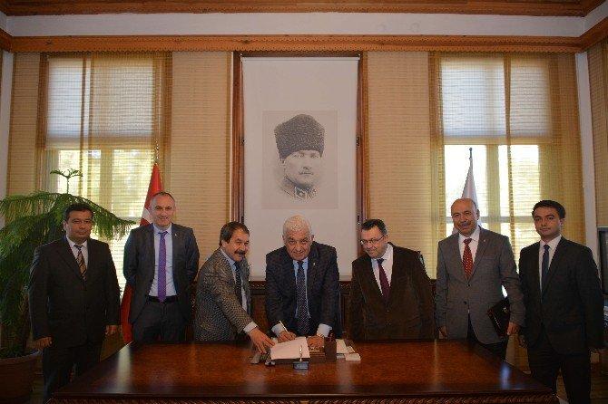 Büyükşehir Ve Tüm Yerel-sen Toplu Sözleşme İmzaladı