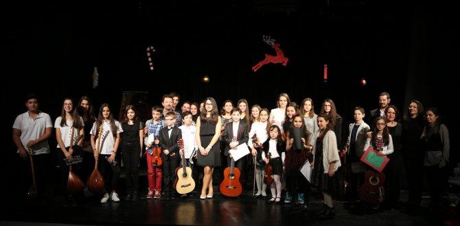 Genç yetenekler ilk konserini yeni yıl için verdi