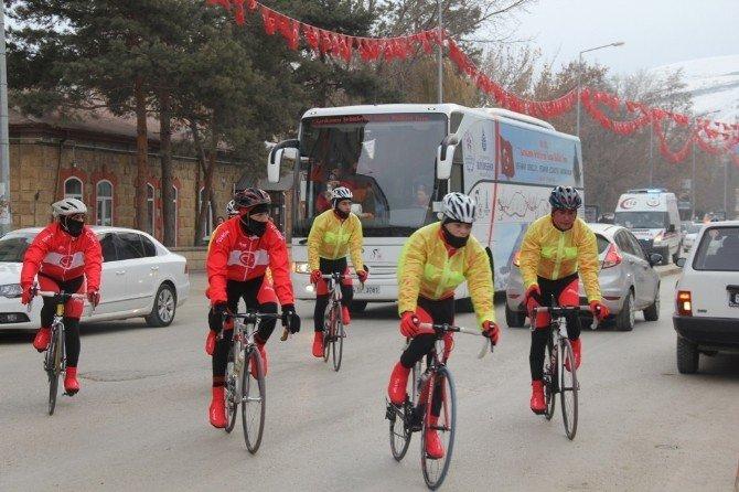 Sarıkamış Şehitleri Anma Bisiklet Turu Bayburt'ta