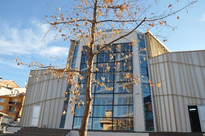 Simav Tabakhane Camii'nin Yapımı Tamamlandı
