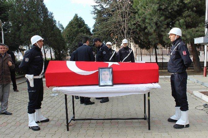 Kalp Krizi Sonucu Ölen Polis Memuru İçin Tören Düzenlendi