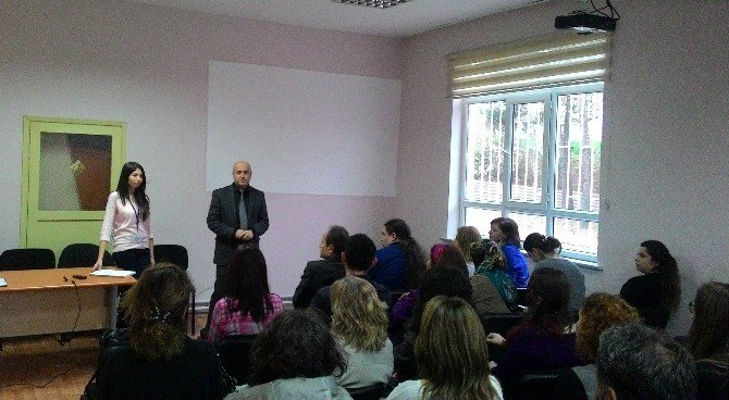 """Psikolojik Danışmanlara """"Kriz Müdahale Becerileri"""" Eğitimi"""