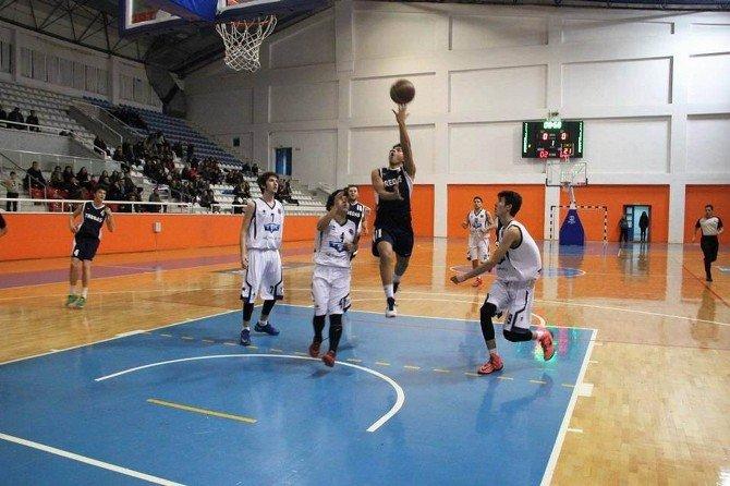 Basketbolda Tredaş Fırtınası
