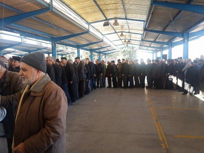 Osmaneli'de 2015 Yılının Son Umre Yolcuları Kutsal Topraklara Uğurlandı