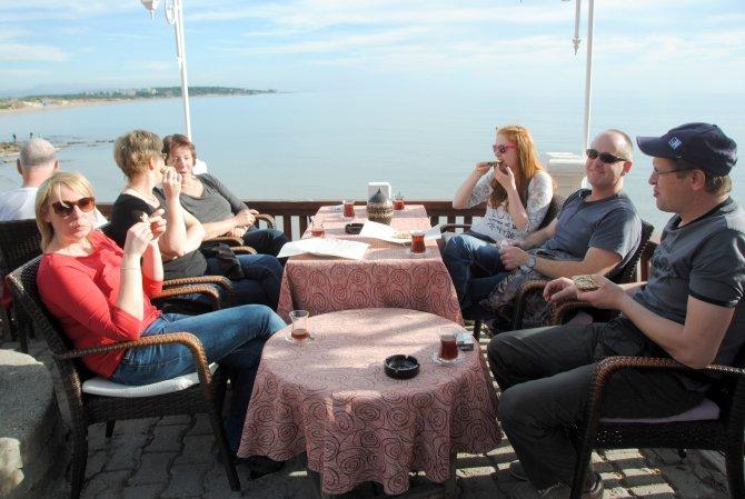 12 Side gönüllüsü Alman, yılda 4 defa tatil için bir araya geliyor
