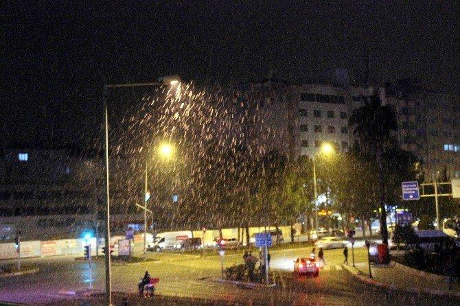 Adıyaman Kent Merkezine İlk Kar Düştü