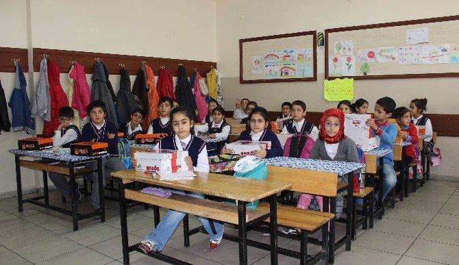 Sınıf Öğretmeninden Anlamlı Yardım