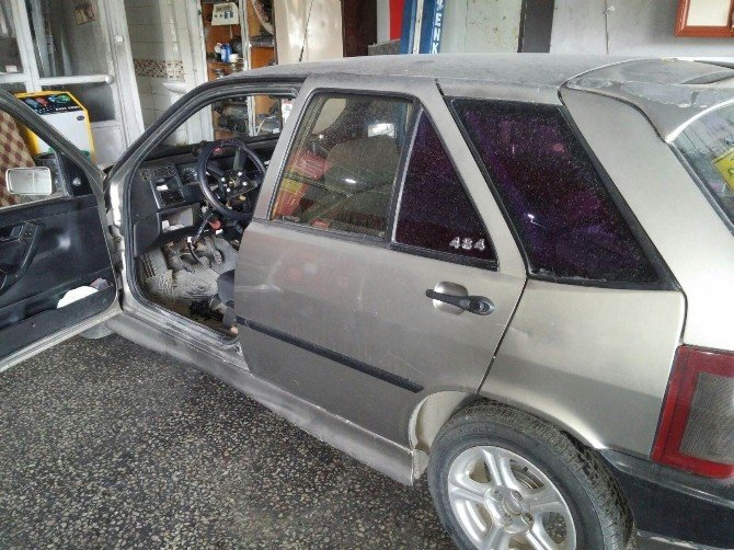 Gazetecinin Otomobilini Çalmak İstediler