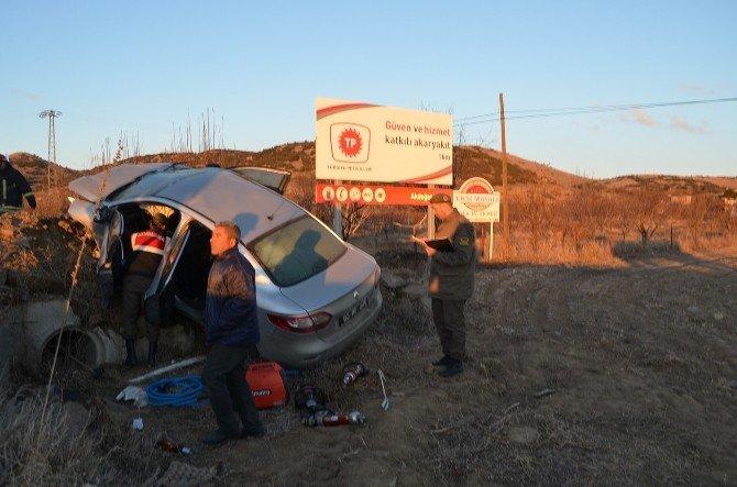 Resmi Araç Tarlaya Uçtu: Üç Yaralı