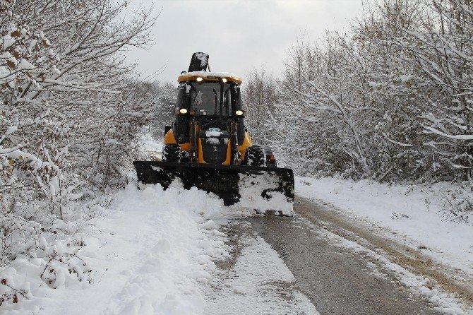 Akyazı Belediyesi Karla Mücadeleye Başladı