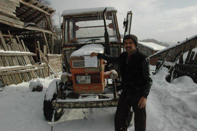 Kastamonu'da On Yıldır Kullanılmayan Traktöre Hgs Cezası