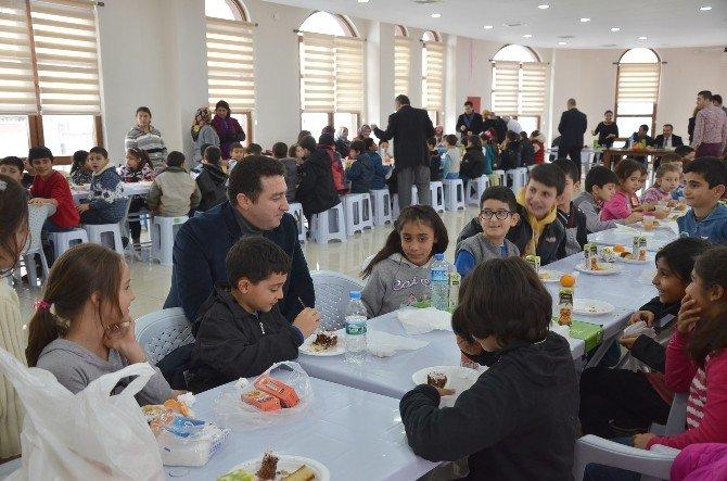 Başkan Bakıcı Öğrencilerle Birlikte Yerli Malı Haftası'nı Kutladı