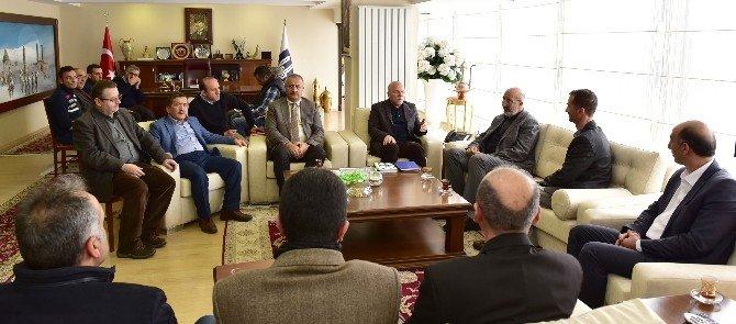 Gazeteci Yazar Abdurrahman Dilipak, Başkan Sekmen'i Ziyaret Etti