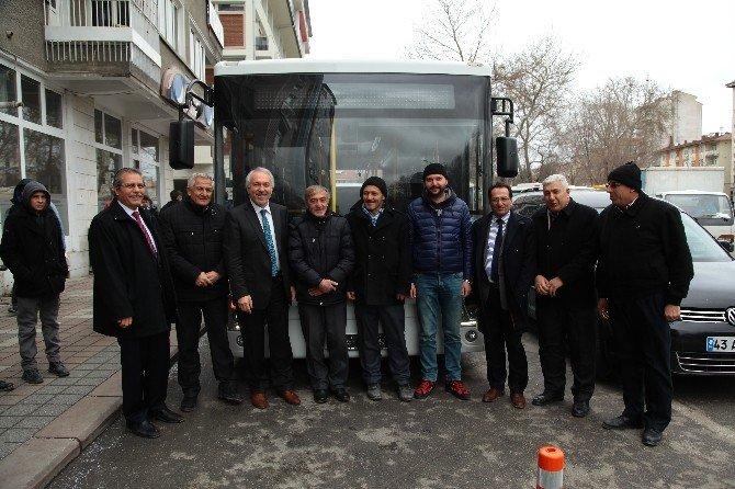 Toplu Taşımada Engelli Ve Yaşlılara Özel Otobüs