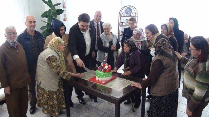 Havran Huzur Evinde Erken Yeni Yıl Kutlaması