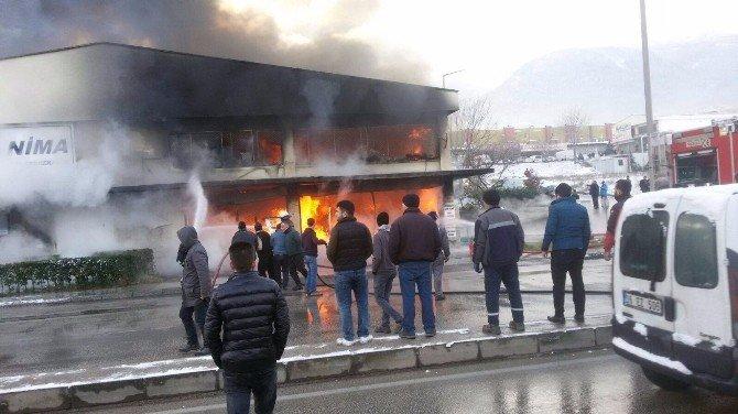 Bursa'da Sanayi Sitesi'nde Korku Dolu Anlar