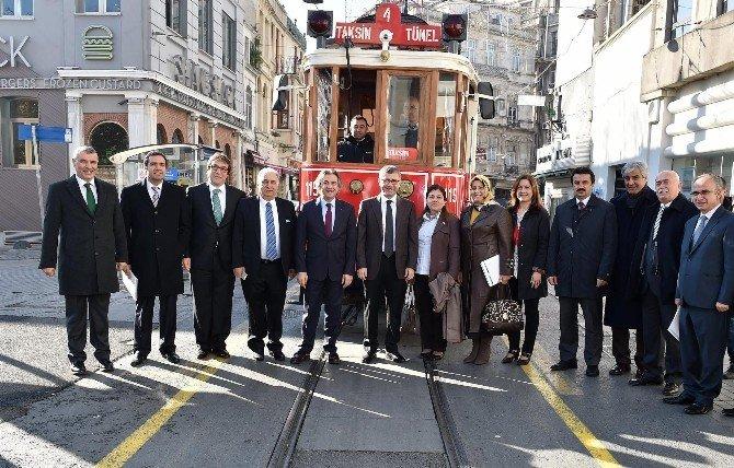 İstanbul Boğazı Belediyeler Birliği Beyoğlu'nda Toplandı