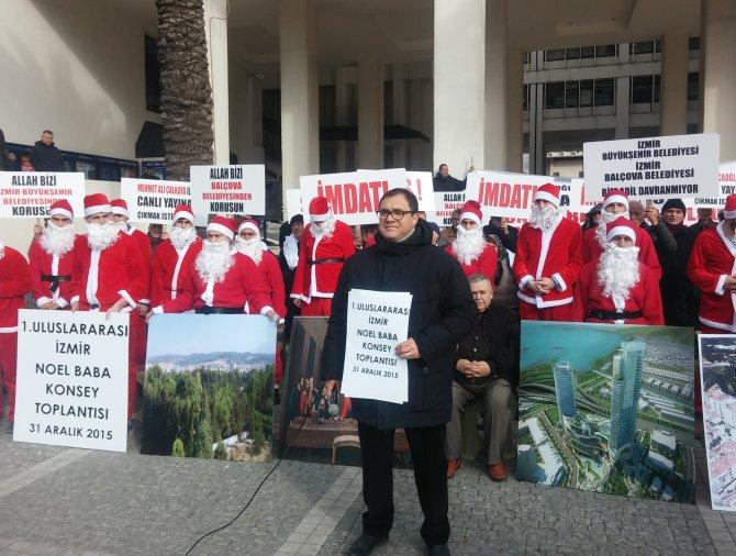 Arsa mağdurlarından Noel Baba'lı eylem