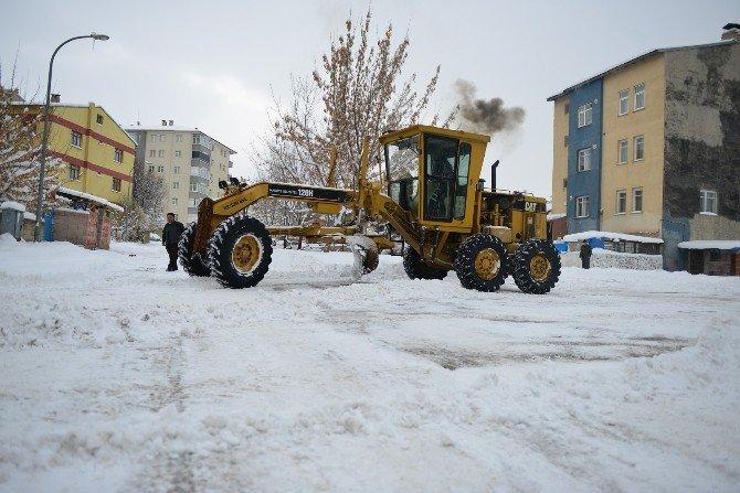 Yakutiye, Dört Bir Yandan Kar Çalışması Yapıyor