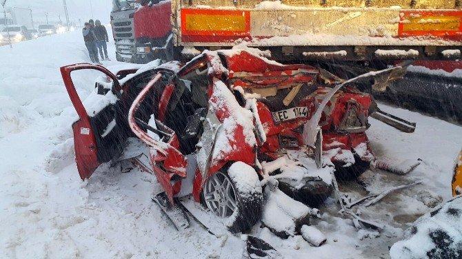 Düzce'de Zincirleme Trafik Kazası: 7 Yaralı