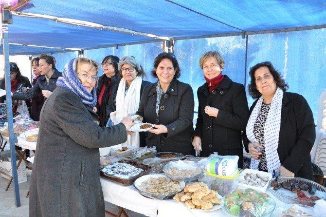 Milaslı Kadınlardan 'Yeni Yıl' Kermesi