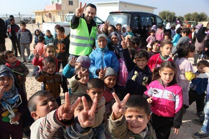 Kayseri İHH'den Suriye'deki Yetimlere Ziyaret