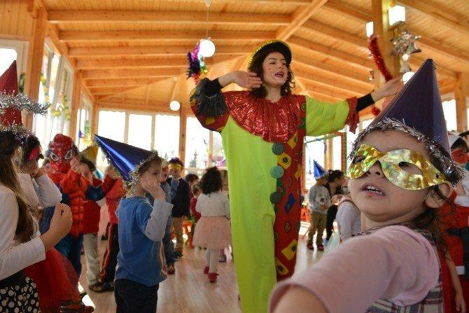 Konyaaltı Belediyesi Kreşi Yeni Yıla 'Merhaba' Dedi