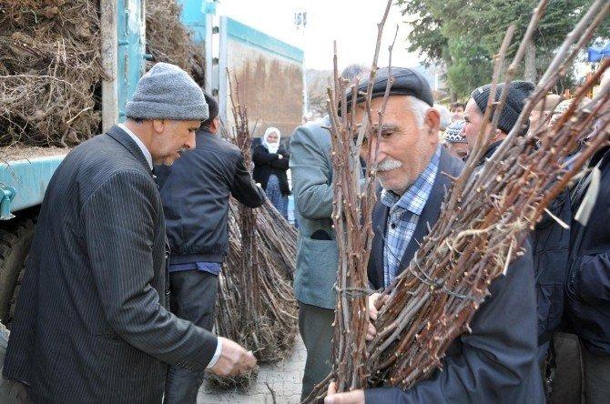 Manisa Büyükşehir'den Kırsal Kalkınmaya Destek