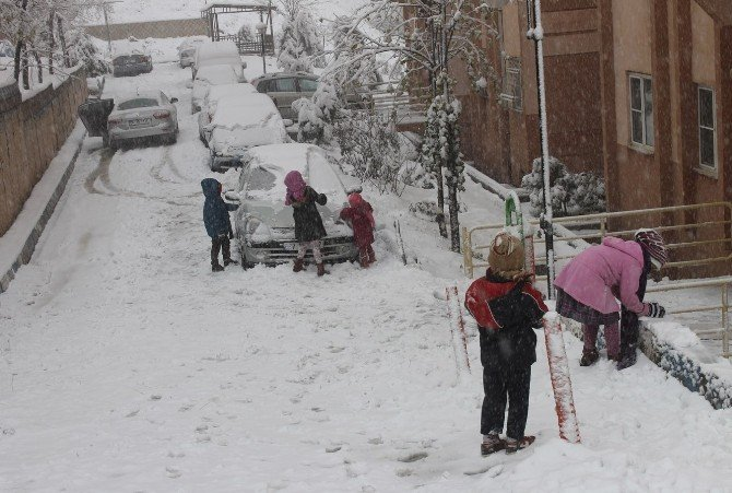 Mardin'de Kar Yağışı