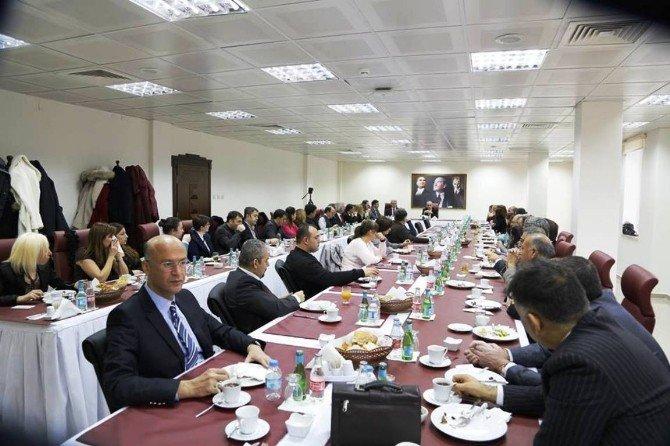 Niğde Üniversitesinde Geleneksel Kahvaltılı Sohbet Toplantıları Sona Erdi