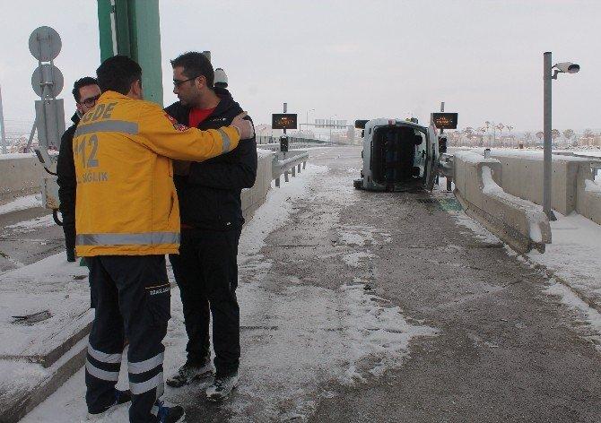 Suriyeliler Kiraladıkları Araba İle Kaza Yaptı