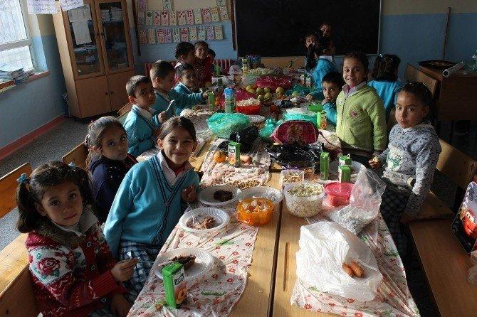 Okullarda Yerli Malı Haftası Kutlandı