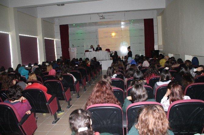 """Kız Öğrencilere """"Obezite İle Mücadele Ve Sağlıklı Beslenme"""" Konferansı Verildi"""