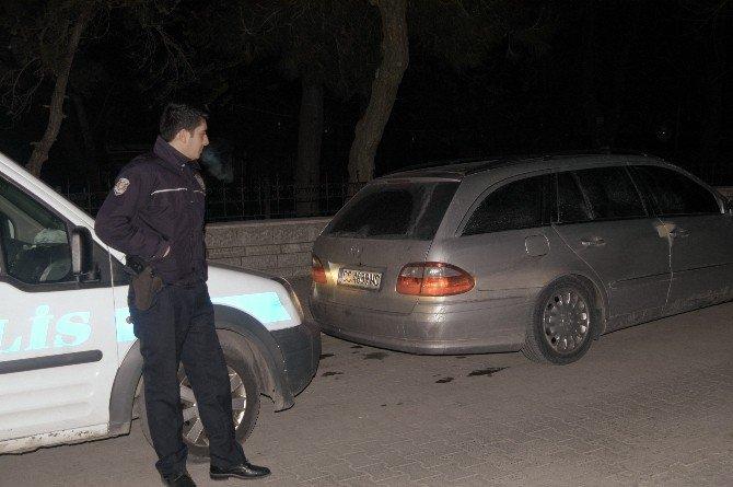 'Dur' İhtarına Uymayan Araçtakiler Kovalamaca Sonrası Yakalandı