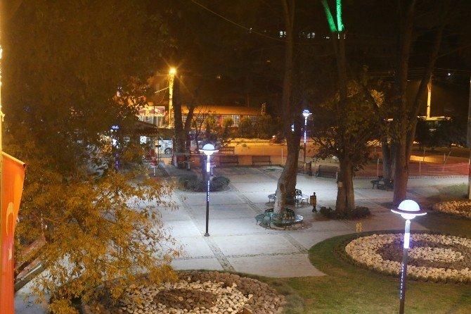 Turgutlu 2016'yı Işıl Işıl Karşılıyor