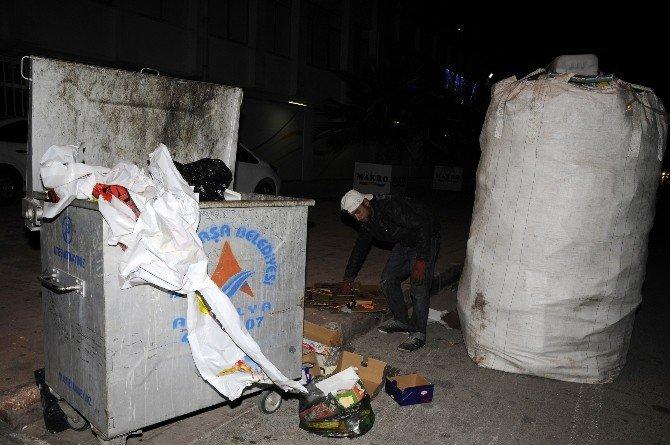 Yılbaşı Akşamı Yaşanan Tüketim Çılgınlığı, Geri Dönüşümcülere Ekmek Kapısı Oldu